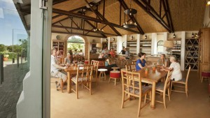 Constantia Glen wine bar