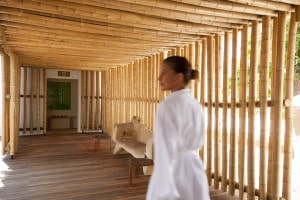1-spa-bamboo-entrance